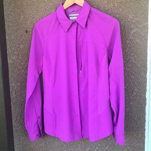 Columbia pink Omni Shade Sun Shirt size LG